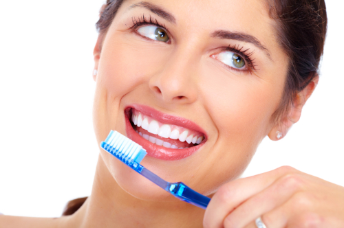 4 Oral Hygiene Practices to Keep Your Teeth Sparkling Bright
